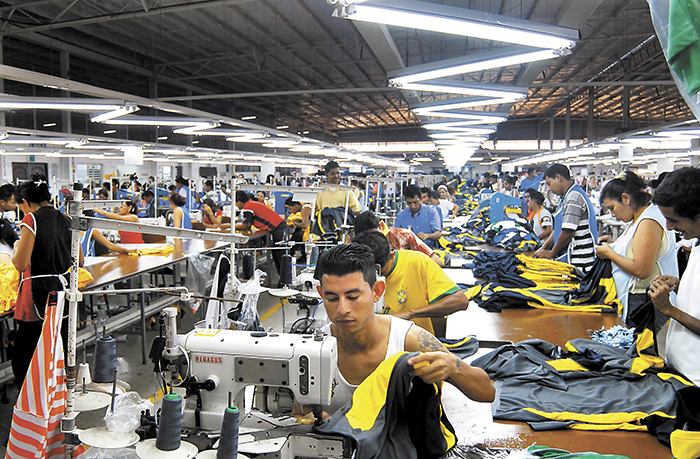Sindicatos firman acuerdos con zona franca para atender la emergencia nacional del covid-19