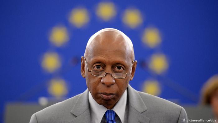 Cubano Opositor Fariñas fue liberado pero se le impidió viajar a Europa