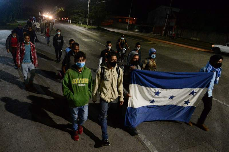 Primera caravana migrante de 2021 parte desde Honduras hacia Estados Unidos