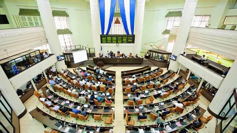 Diputados sandinistas aprueban presupuesto 2020.